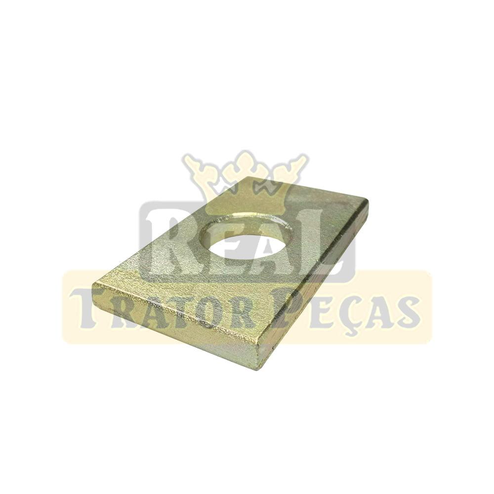 CHAPA QUADRADA BRACO NIVELADOR - MASSEY FERGUSON 275/292/299 ADVANCED   5275 A 5320   4265 A 4299